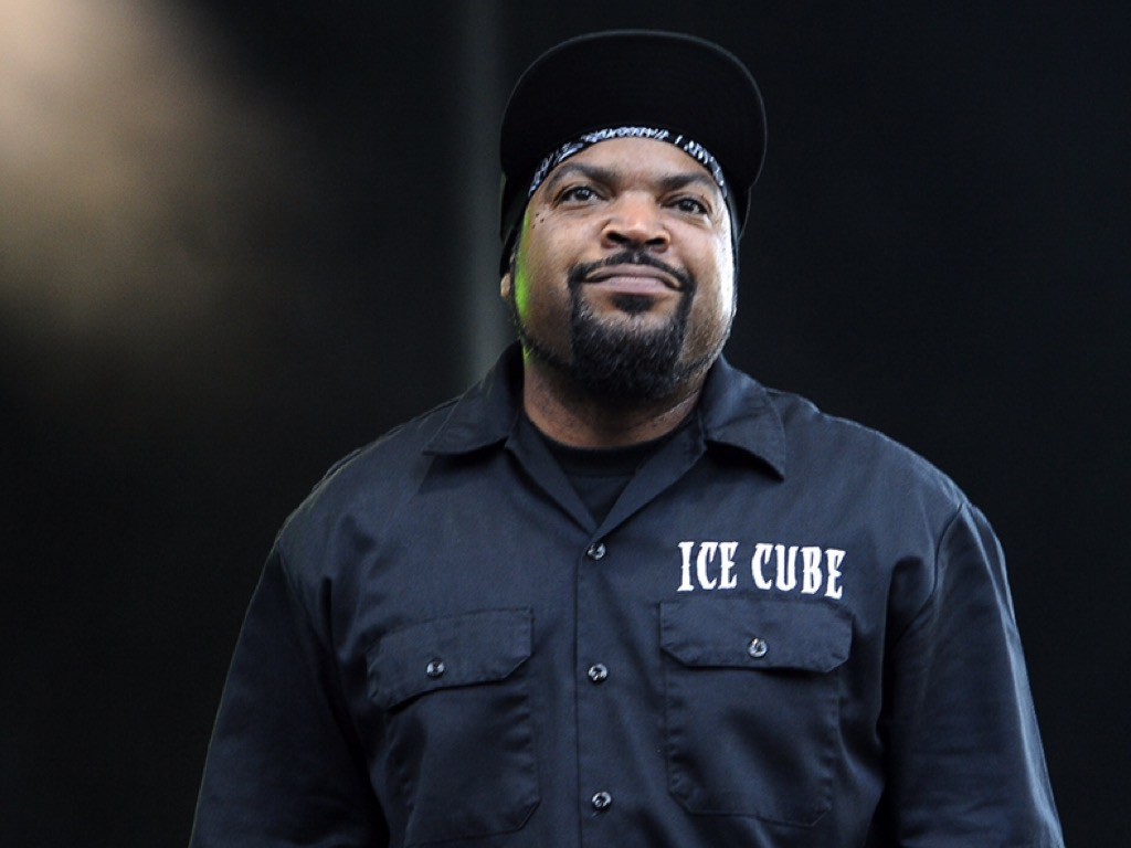 ice cube is dropping a clothing line to support autism twiceasnice sexy stylish. Black Bedroom Furniture Sets. Home Design Ideas